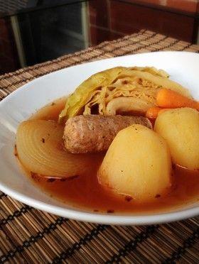 丸ごと野菜とソーセージのトマトポトフ