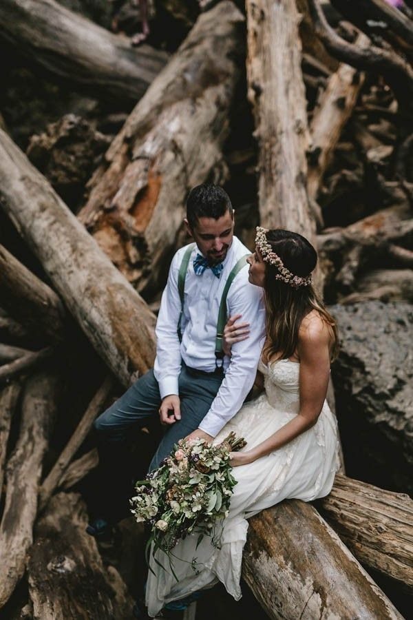 Intimate-Barefoot-Elopement-Columbia-River-Gorge-40