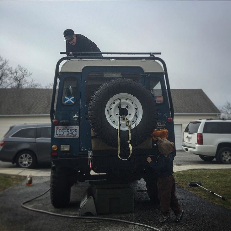 I'm glad I had a buddy help me get the hard to reach spots cleaning the defender today  #springcleaning #landrover110 #landroverdefender #defender110 #defender #landrover #bfg #km2 by davidgraymac I'm glad I had a buddy help me get the hard to reach spots cleaning the defender today  #springcleaning #landrover110 #landroverdefender #defender110 #defender #landrover #bfg #km2