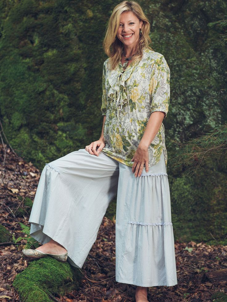 Pretty palazzo pants are guaranteed to steal the show every time! The Joni is our take on a fashion staple that I am thrilled you so love. Made in woven Indian cotton, these palazzos have a tiered silhouette that's sweetly embellished by a flattering ruffle design. Crochet lace trims the top of each tier.