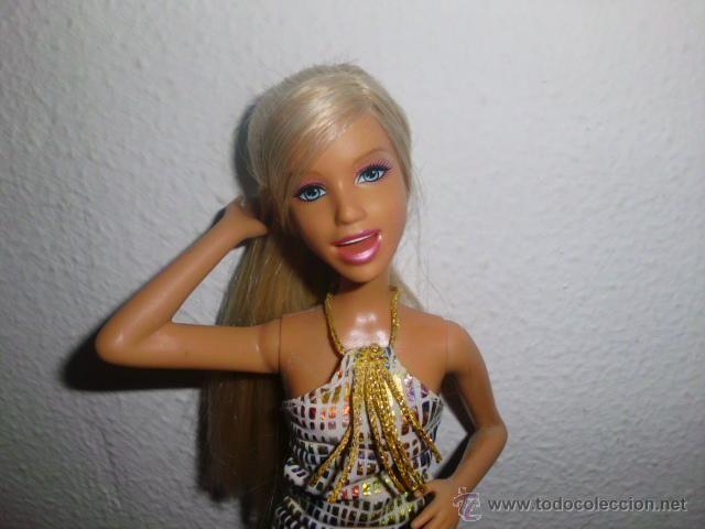 Muñeca Barbie cantante mattel 2006
