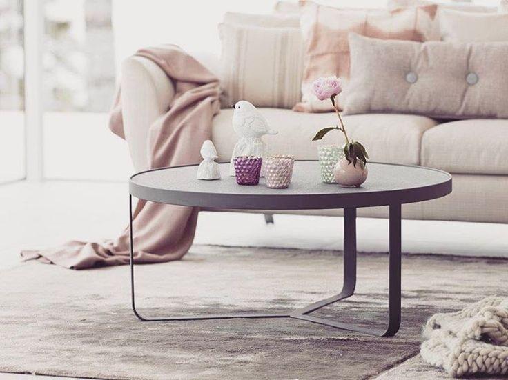 21 vind-ik-leuks, 2 reacties - Löwik Wonen&Slapen (@lowikwonenenslapen) op Instagram: 'Tijd voor koffie... #coffeetable #detroit @furninovaab #furniture #coffeetime #☕️#salontafel…'