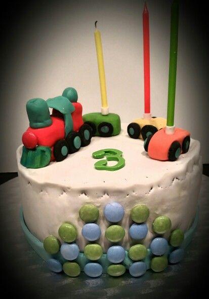 Train birthday cake Antoine 3a