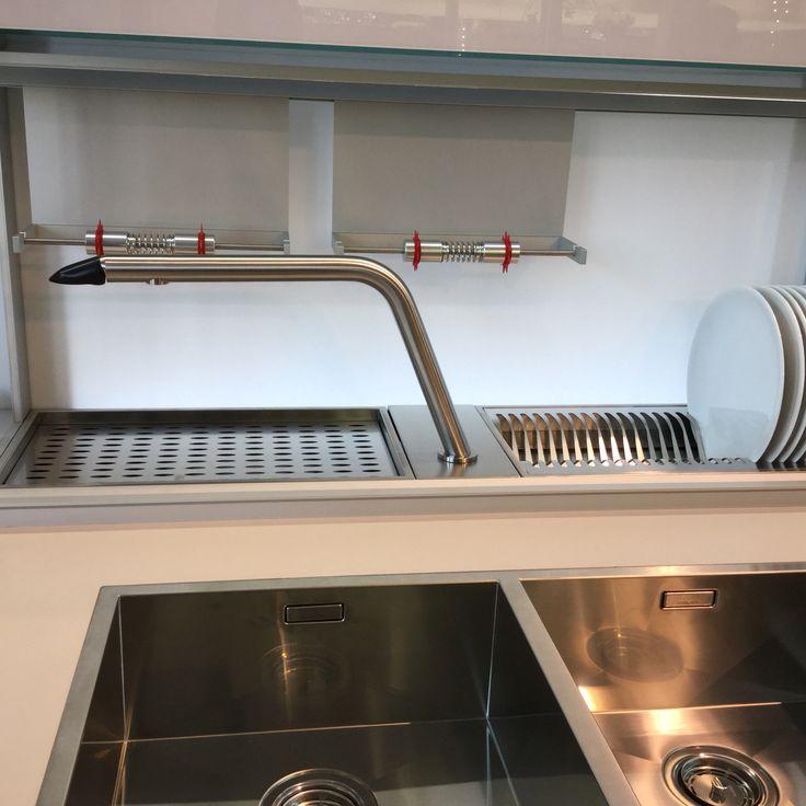 349 best eurocucina images on pinterest kitchen designs modern kitchens and kitchen ideas - Canale attrezzato valcucine ...