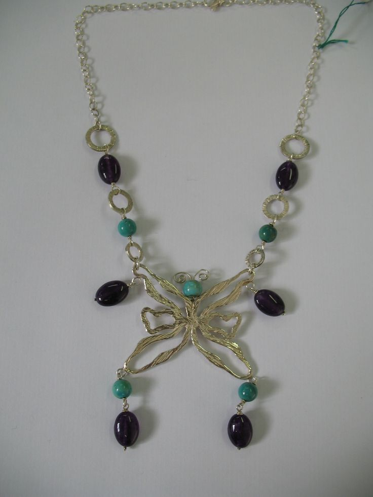Collana con farfalla in argento 925 turchesi e giada viola Necklace with butterfly 925 silver,  turquoise and purple jade