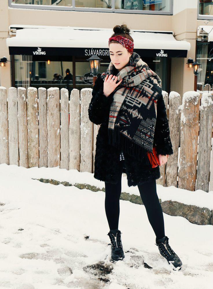 Insider Tipps Reykjavik, Geheimtipps Reykjavik im Winter, Fashion Blog Iceland, Travel Blog Iceland, Expat Blog Iceland, Like A Riot, Chicwish Dolly Blouse, Winter Style, Winter Look, Snow Style