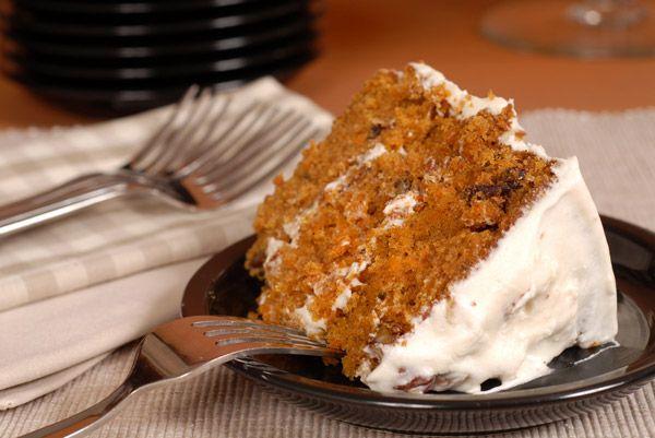Κέικ καρότου με γκλάσο πορτοκαλιού