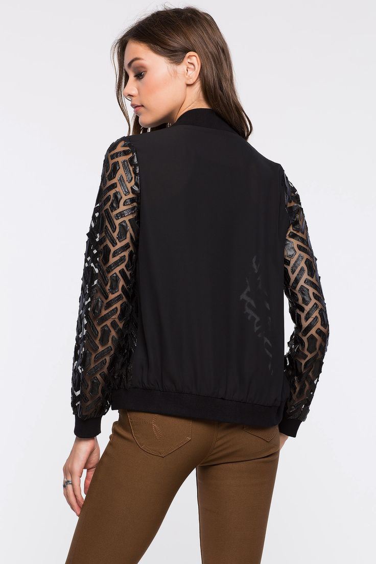 Кожаная куртка Размеры: S, L Цвет: черный Цена: 1802 руб.  #одежда #женщинам #куртки #коопт
