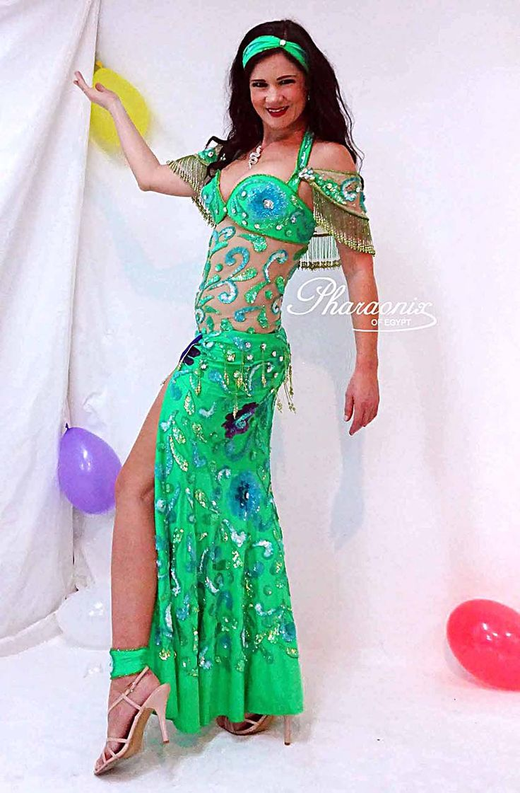 353 best bellydance costumes images on Pinterest | Belly ...