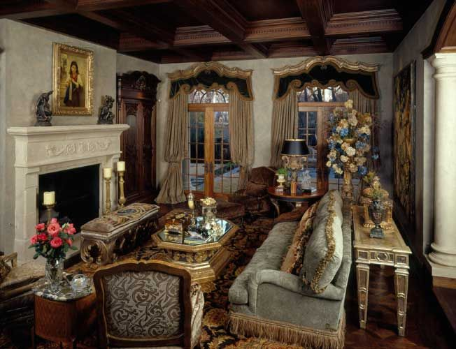 formal french living room designed by nancy anderson ross dallas design group interiors. Black Bedroom Furniture Sets. Home Design Ideas