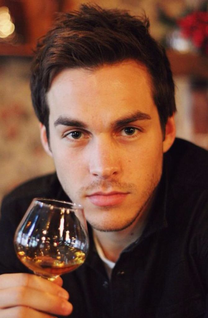 Chris Wood - Kai Parker (Dr. Jo's twin brother - witch)