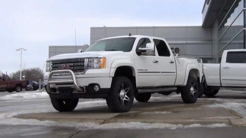 Get noticed in this stunning 2013 #GMC #Sierra 2500 Denali Diesel. >>> http://www.lindsaygm.ca/VehicleDetails/used-2013-GMC-Sierra_2500HD-Denali-Lindsay-ON/2896250833 #used #trucks #pickuptrucks #pickuptruck https://video.buffer.com/v/587941129c1d3486327f9746