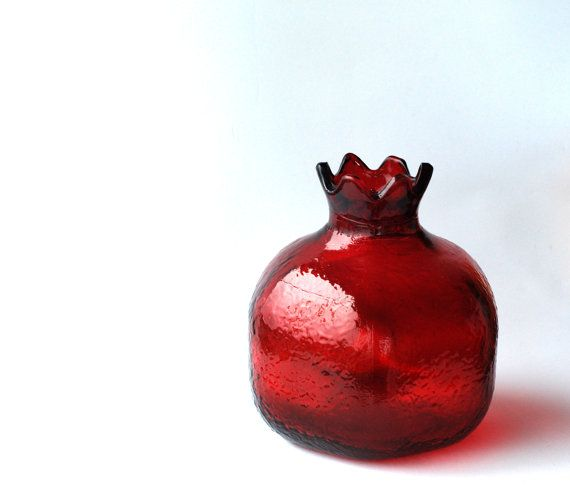Big Red Glass Pomegranate. Red vase. Perfect gift on Etsy, $30.00