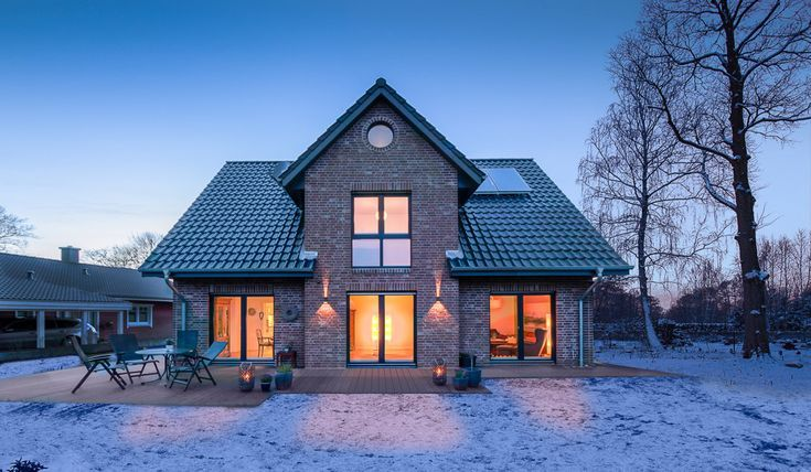 Friesen- und Kapitänshäuser, Einfamilienhäuser als Massivhaus – ECO System HAUS   – aubenkuche.diyhomedesigner.com