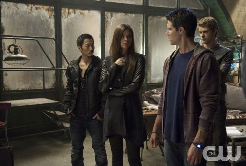 """The Tomorrow People -- """"All Tomorrow's Parties"""" -- Image: TP107a_0091 -- Pictured (L-R): Aaron Yoo as Russell Kwon, Peyton List as Cara Coburn, Robbie Amell as Stephen Jameson and Luke Mitchell as John Young --  Photo: Cate Cameron/The CW --  © 2013 The CW Network, LLC. All rights reserved."""