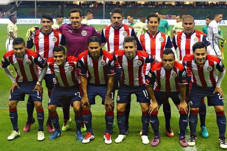 CHIVAS REPETIRÍA ALINEACIÓN EN LA VUELTA Los equipos tuvieron una semana corta de trabajo para preparar el partido de vuelta de los cuartos de final del Apertura 2016.