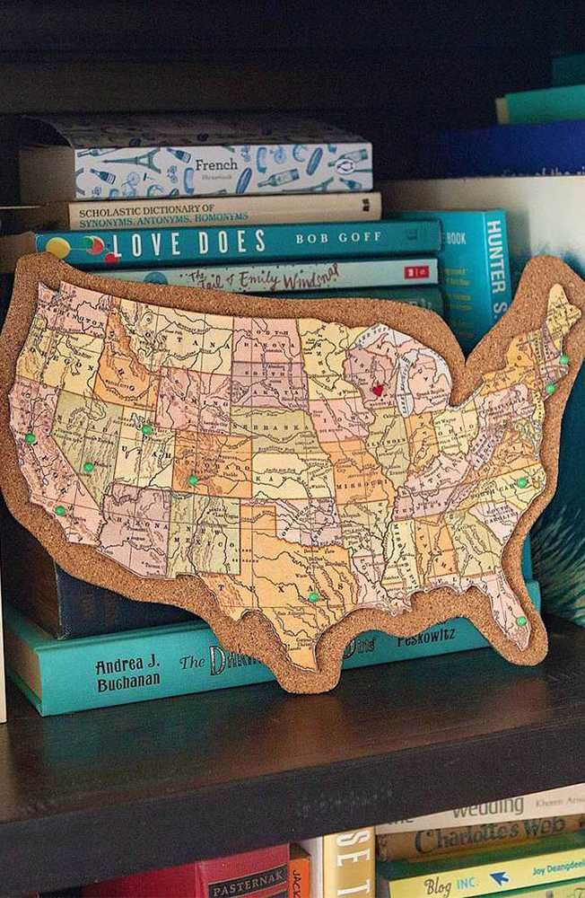 Track your travels with our DIY cork board map! This is a fun craft project that can add a personal touch to any home. Plus, it makes a great gift for any traveler. Click-in for further details.