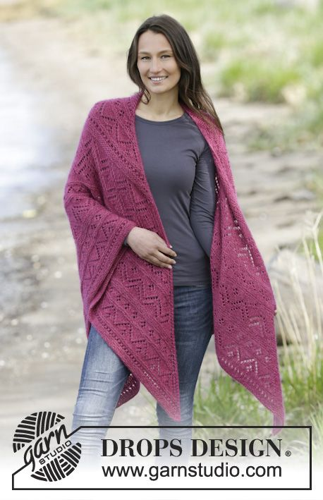 """Raspberry Wrap - Knitted DROPS shawl in garter st with lace pattern in """"Alpaca"""" and """"Kid-Silk"""". - Free pattern by DROPS Design"""