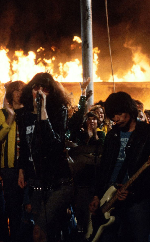 Rock N Roll High School | Ramones