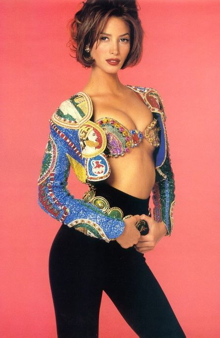 Christy Turlington.-#Versace #Outfit