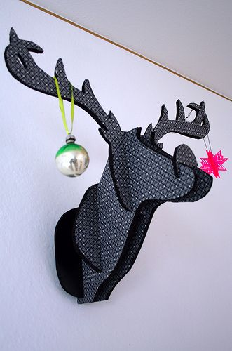 DIY deer head tutorial http://www.chroniclebooks.com/blog/2009/02/19/chronicle-craft-sneak-peek-project-and-book-giveaway/