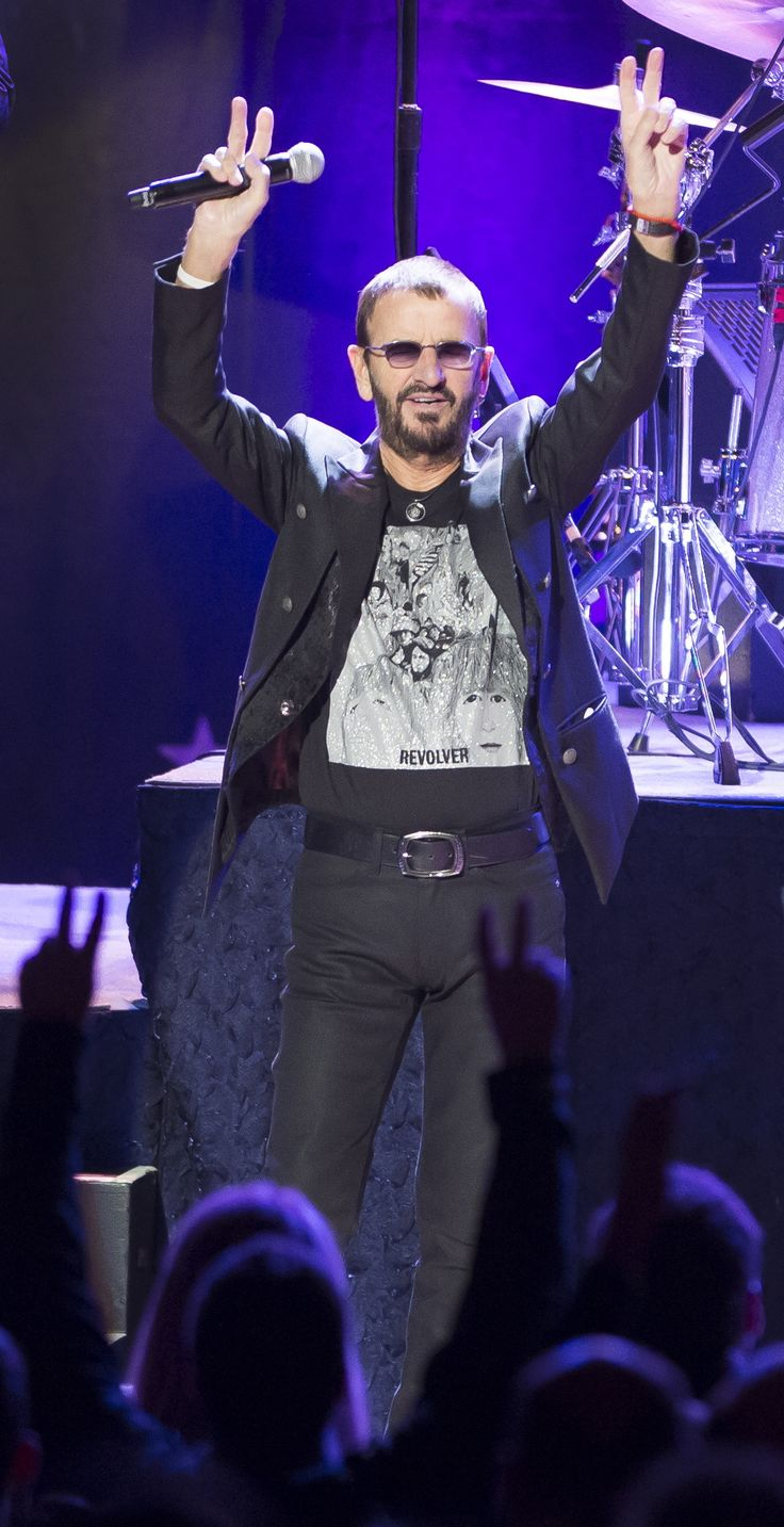 Ringo Starr and his All Starr Band en spectacle, au Théâtre St-Denis, à Montréal, Québec, Canada, le mercredi 21 octobre 2015. photo by Sébastien St-Jean