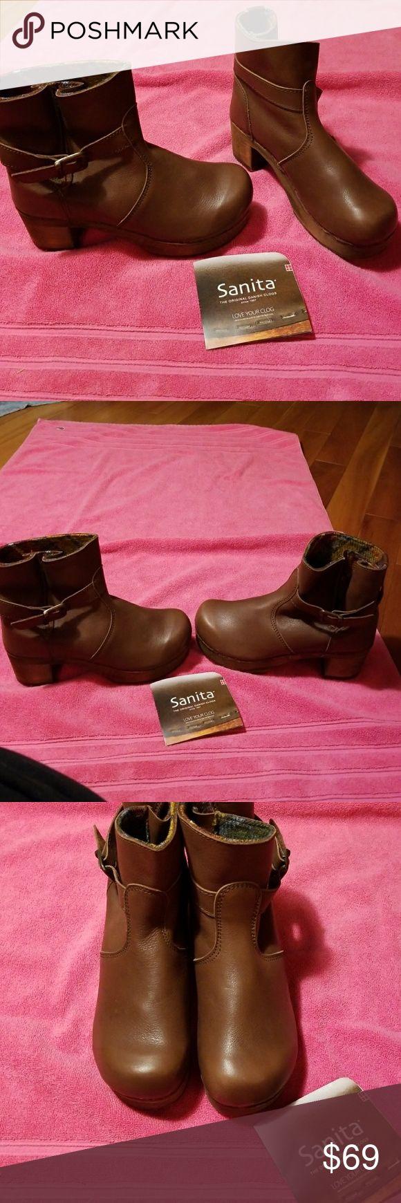 Sanita Wooden Clogs Sanita Brown Danish Clogs NEVER BEEN WORN. SIZE 8 Sanita Shoes Mules & Clogs