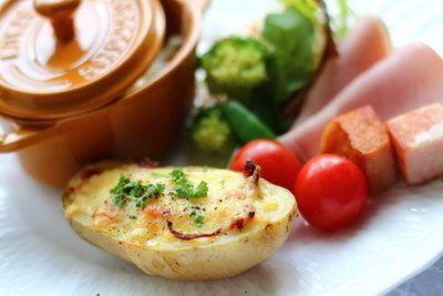 アメリカで定番の絶品おつまみポテトスキンレシピをマスター