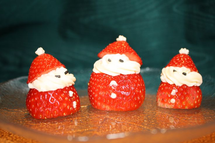 Strawberries & Cream Cheese Santas
