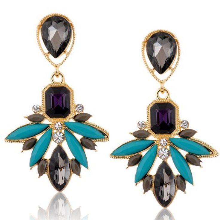 Pair of Classic Rhinestone Leaf Earrings For Women 0