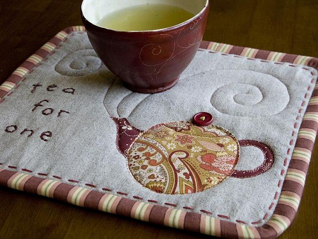 """Tea for One"" Mug Rug by PatchworkPottery, via Flickr"