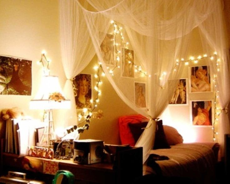 15 Ideas To Hang Christmas Lights In A Bedroom. I LOVE Using White  Christmas Lights In The Bedroom Year Round. Nice Soft Romantic Glow, And  Safer Than ...