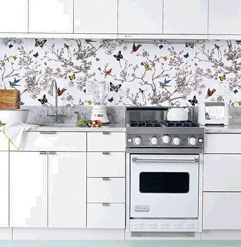 A wallpaper splashback that's a real tweet!