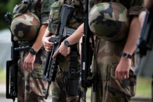 Sachaa News   Srinagar [India], Sept. 30 : The Border Security Force BSF has put all its units along the International Border on high ale...