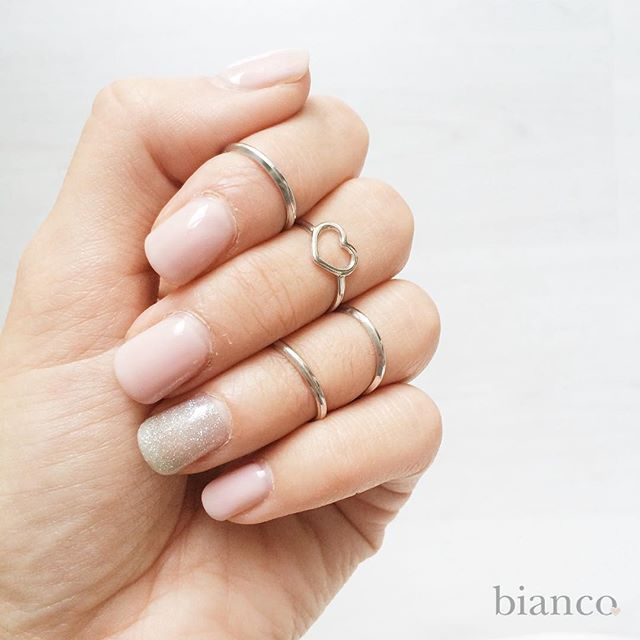 Lovely rings www.biancoloves.it
