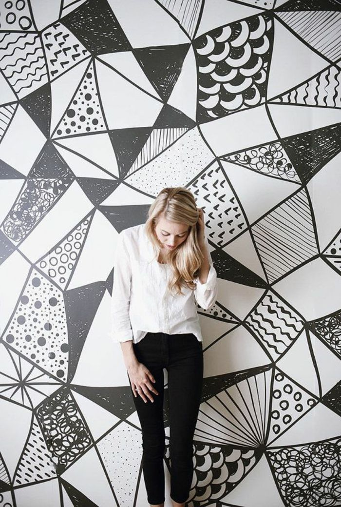 papier peint géométrique blanc et noir pour le salon