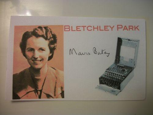 ENIGMA-CODE-BREAKER-MAVIS-BATEY-BLETCHLEY-PARK-AUTOGRAPHED-3X5-INCH-INDEX-CARD