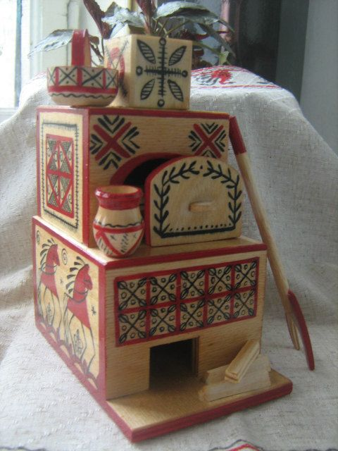 A wooden stove with fork and kettle от RussianStore на Etsy, $40.00