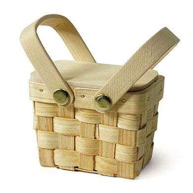 Miniature Picnic Basket Favor