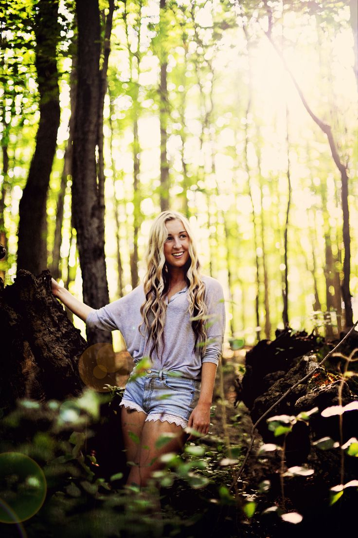 Outdoor Portrait Of A: 1000+ Ideas About Outdoor Senior Photography On Pinterest