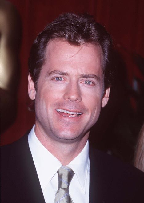 Greg Kinnear | Download