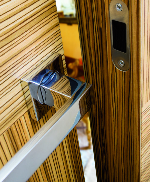 The most refined minimalism made #handle. #design #doors #interiordesign #design