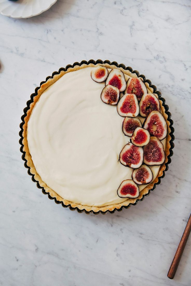 Fresh fig + lemon cream tart.