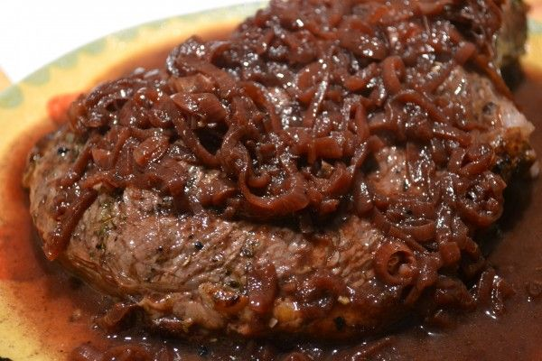 Steak With Shallot, Butter & Balsamic Sauce Recipe — Dishmaps