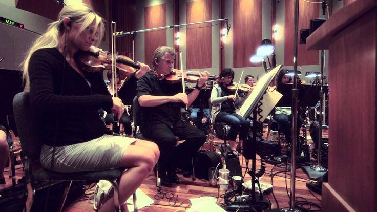 Idina Menzel - Do You Hear What I Hear (Behind the Scenes)