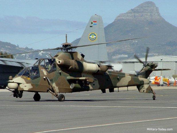 AH-2 Rooivalk Se ve afectada por Denel de Sudáfrica. Es el resultado de un programa de progreso que se inició en 1981 por un helicóptero de ataque indígena. Es conocido por el sistema de seguimiento que abarca un telémetro láser, activista de infrarrojos y cámaras de televisión