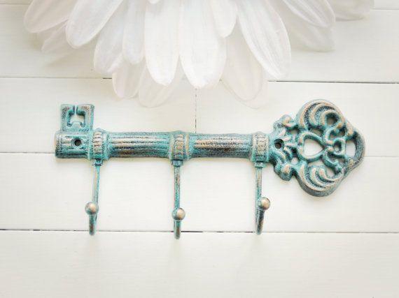 Best 25+ Key wall decor ideas on Pinterest | Sitting area, Vintage ...