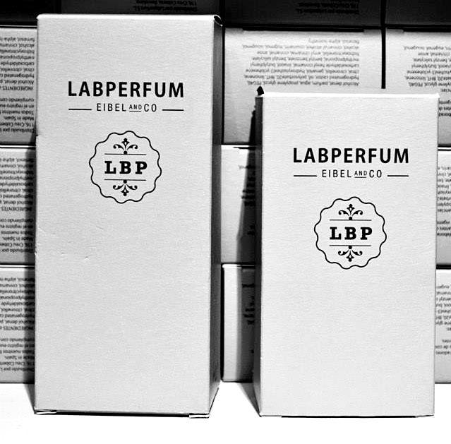 Tu fragancia en el tamaño perfecto para ti #perfumes #esencias #creaciones #regalos #labperfum