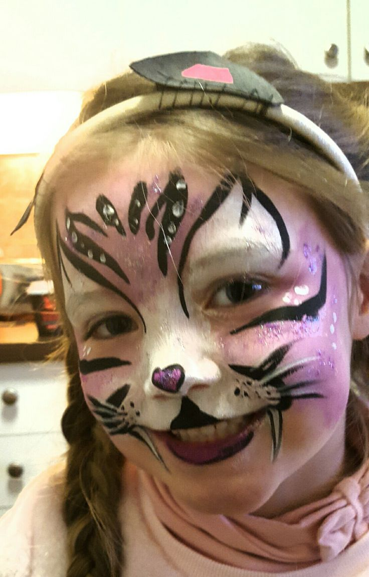 Face painting cat by kerstin