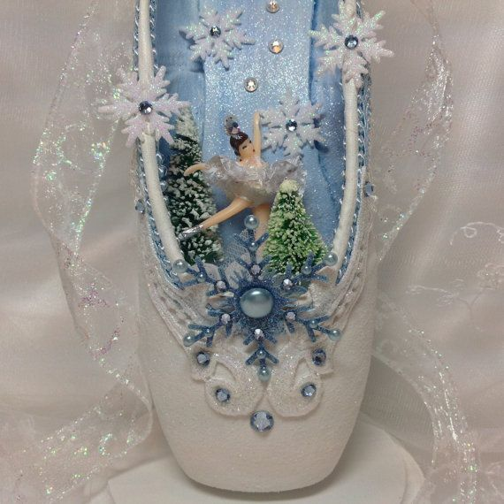 Spectacular Snow Queen decorated pointe shoe by DesignsEnPointe
